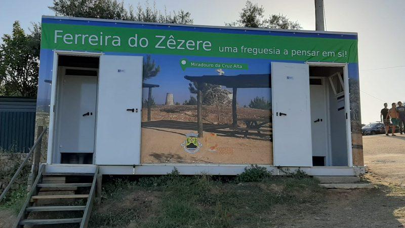 Decoração dos sanitários na zona fluvial da Bairrada/Bairradinha