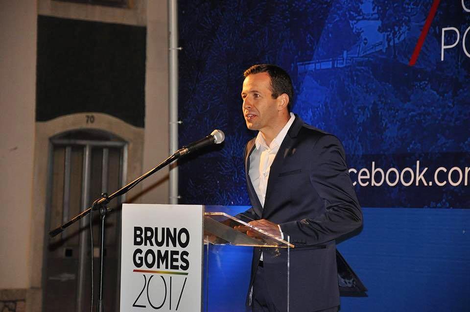 Bruno Gomes vence com unanimidade